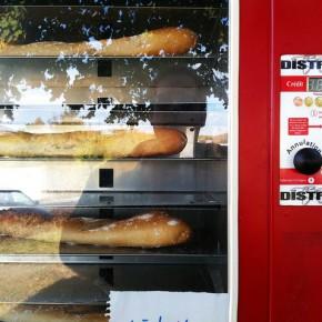 France introduces the baguette vending machine