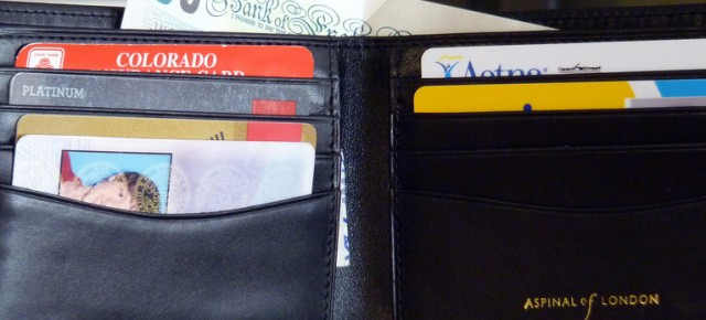 11 Things All Travelers Should Keep In Their Wallets