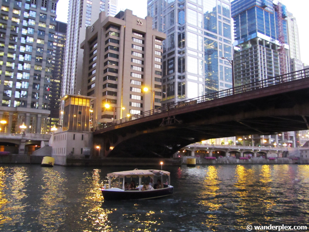 chicago-electric-boat-architecture