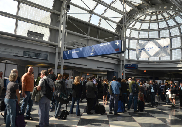 Crowded-Airport-Chicago-OHare